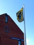 Schwarz-Gelb auch auf Föhr - Überall in der Gegend begegnen uns Protestflaggen und -plakate gegen das geplante CO2-Endlager in der Nordsee