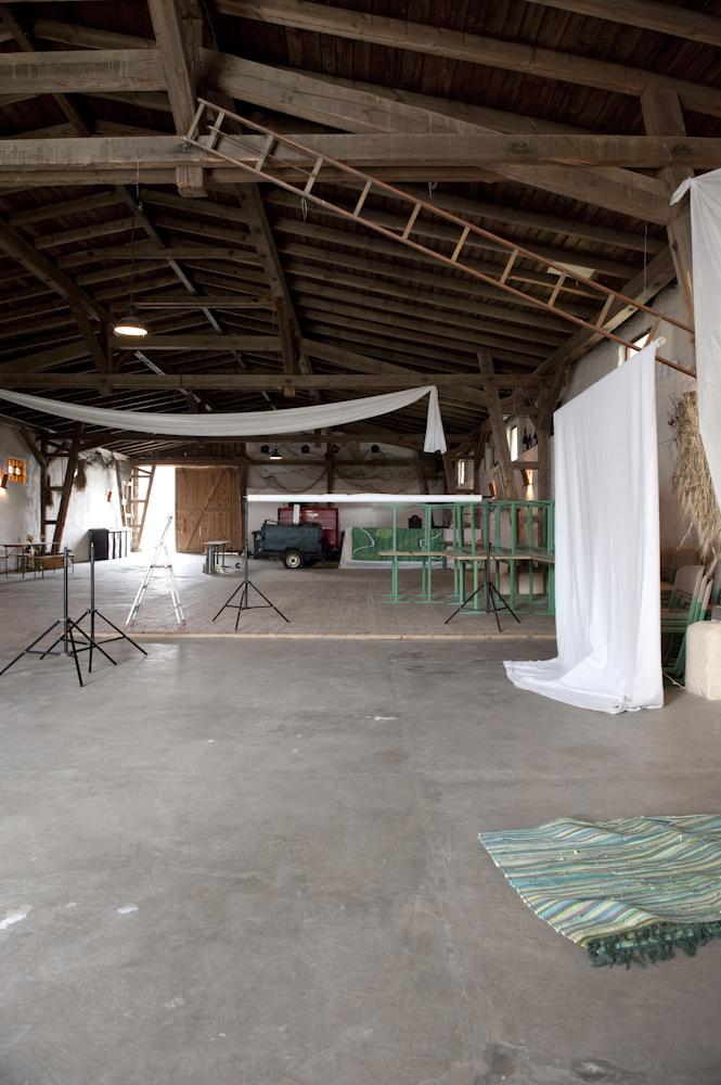"""Unser """"Studio"""" im alten Schleppdach direkt am See."""