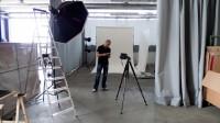 Unser erstes Set in Ulis Studio zwischen Schreinerei, Möbelrestaurator und Lager.
