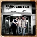 Die Bäcker-Post-Besitzerin aus dem Nachbarort mit ihrem Mann und Nadine am